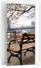 Naklejka na drzwi - New York - Roosevelt Island