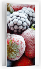 Naklejka na drzwi - frozen berries