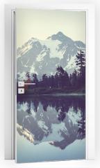 Naklejka na drzwi - Obraz z jeziorem