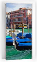 Naklejka na drzwi - beautiful gondolas anchored in Venice, Italy