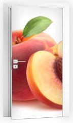Naklejka na drzwi - Beautiful whole peach and split isolated on white