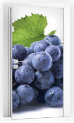 Naklejka na drzwi - Blue wet grapes bunch isolated on white background
