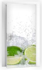 Naklejka na drzwi - Limes with water splash