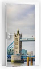 Naklejka na drzwi - The Shard and Tower Bridge on Thames river in London, UK