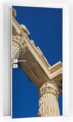 Naklejka na drzwi - Trojan temple columns