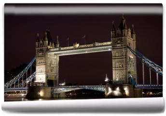 Fototapeta - Tower Bridge at night, London, United Kingdom