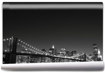 Fototapeta - Brooklyn Bridge and Manhattan Skyline At Night, New York City