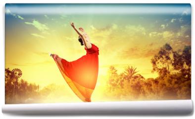 Fototapeta - Female ballet dancer