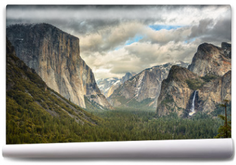 Fototapeta - Stormy Clouds over Tunnel View in Yosemite