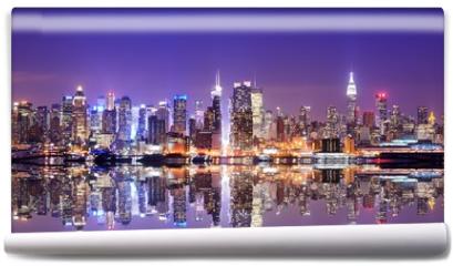Fototapeta - Manhattan Skyline with Reflections