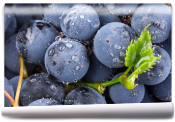 Fototapeta - Ripe grapes with leaves
