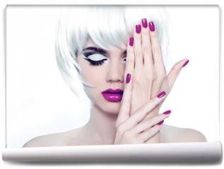 Fototapeta - Makeup and Manicured polish nails. Fashion Style Beauty Woman Po