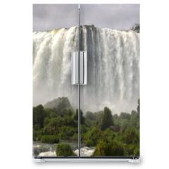 Naklejka na lodówkę - waterfall Iguacu Falls in Brazil and Argentina