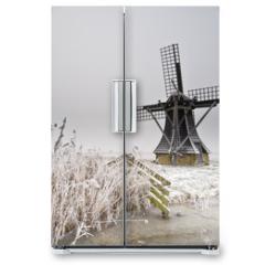 Naklejka na lodówkę - windmill landscape