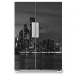 Naklejka na lodówkę - New York city with Brooklyn Bridge, iconic skyline panorama at night in black and white
