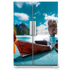 Naklejka na lodówkę - Paisaje pintoresco de Tailandia. Playa e islas de Phuket. Viajes y aventuras por Asia