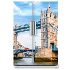 Naklejka na lodówkę - London Tower Bridge am Tag