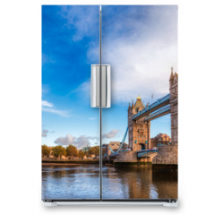 Naklejka na lodówkę - London cityscape panorama with River Thames Tower Bridge and Tower of London in the morning light