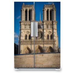 Naklejka na lodówkę - Paris, France - 03 10 2019: Façade of Notre-Dame of Paris. Archeological crypt