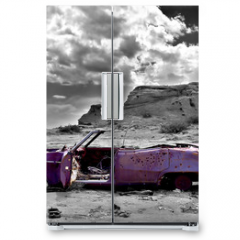 Naklejka na lodówkę - abandoned car