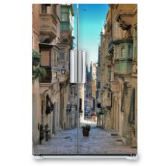 Naklejka na lodówkę - long view of maltese street
