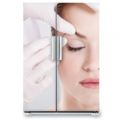 Naklejka na lodówkę - plastic surgery