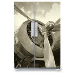 Naklejka na lodówkę - Old engine and propeller