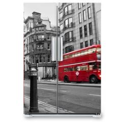 Naklejka na lodówkę - Cabine téléphonique et bus rouges à Londres (UK)