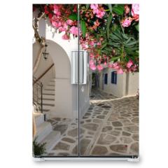 Naklejka na lodówkę - Small backstreet on Amorgos island, Greece