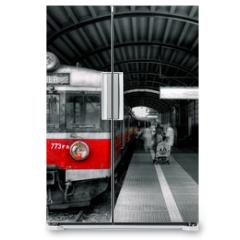 Naklejka na lodówkę - red train