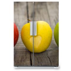 Naklejka na lodówkę - Apples with engraved hearts