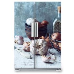 Naklejka na lodówkę - Still Life with Shallots and Garlic