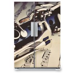 Naklejka na lodówkę - Klarinette auf einem Notenblatt