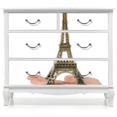 Naklejka na meble - Paris Eiffel tower souvenir in hand
