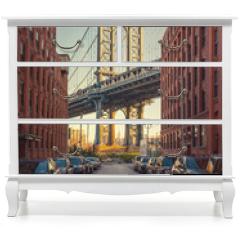 Naklejka na meble - View on Manhattan bridge from washington street in Brooklyn