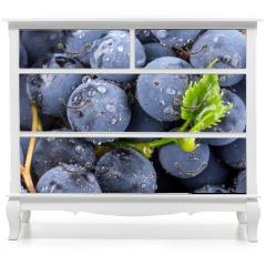 Naklejka na meble - Ripe grapes with leaves
