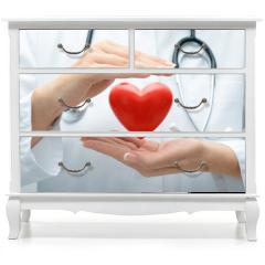 Naklejka na meble - Doctor holding heart