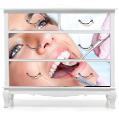 Naklejka na meble - Dentist working on girls teeth