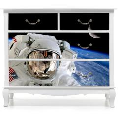 Naklejka na meble - Astronaut Spaceman Isolated Helmet