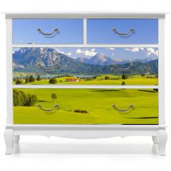Naklejka na meble - Panorama Landschaft in Bayern mit Alpen, Berge und Wiesen im Allgäu