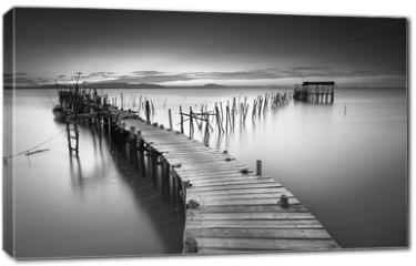 Obraz na płótnie canvas - A peaceful ancient pier