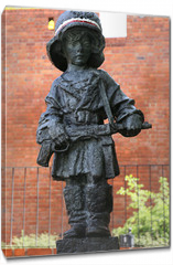 Obraz na płótnie canvas - Monument of  the Little Insurgent in Warsaw,Poland