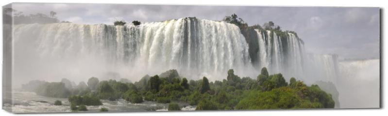 Obraz na płótnie canvas - waterfall Iguacu Falls in Brazil and Argentina