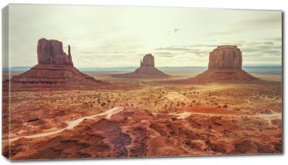 Obraz na płótnie canvas - Monument Valley, Utah, USA