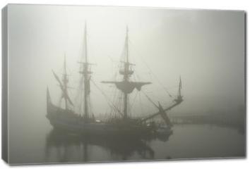 Obraz na płótnie canvas - old sailship (pirate?) in the fog