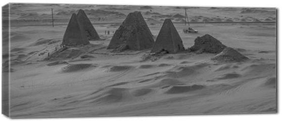 Obraz na płótnie canvas - Black and white photo from above of the pyramids near Karima, Sudan
