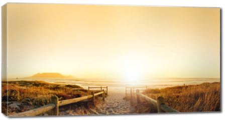 Obraz na płótnie canvas - Sunset HDR over the ocean