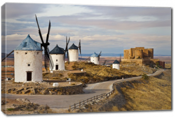 Obraz na płótnie canvas - windmills of Don Quixote -traditional Spain