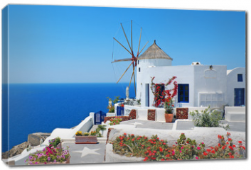 Obraz na płótnie canvas - Traditional architecture of Oia village at Santorini island in G