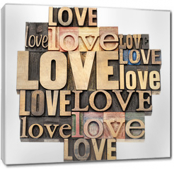 Obraz na płótnie canvas - love word in wood type